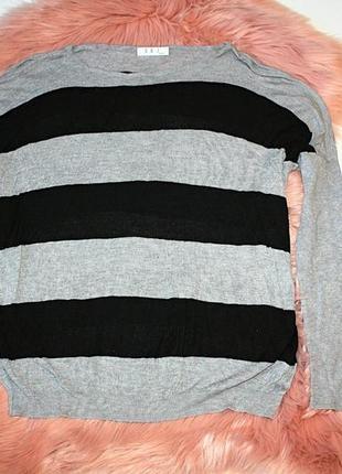 Джемпер\ легкий свитер\ кофта в полоску\ полосатый, черный и с...