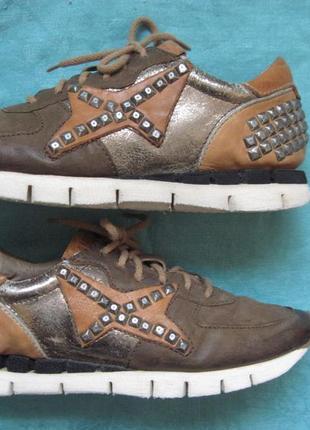 Airstep sneakers (38) кожаные кроссовки женские