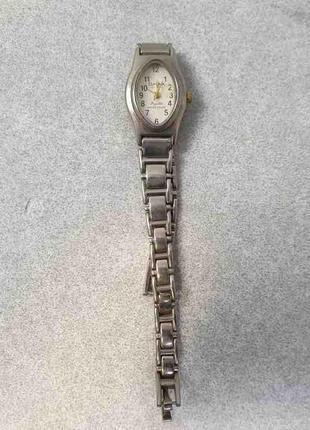 Наручные часы Б/У Omax LF1024