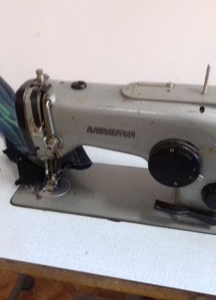 Промышленную швейную машину зигзаг минерву 335 -111  сервомотором
