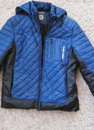 Куртка мужская демисезонная, утепленная синтепоном.