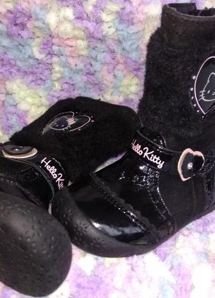 Стильные сапожки сапоги деми ботиночки hello kitty для маленьк...