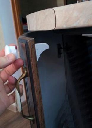 Скрытый магнитный замок на мебель от детей