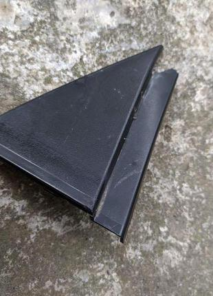 Накладка двери Audi 100 C3 задняя правая 443853274A
