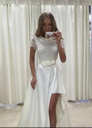 Шикарное платье можно как свадебное