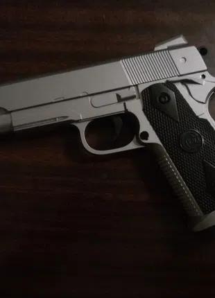 Colt 1911 Silver