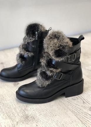 Зимние кожаные ботинки с натуральным мехом