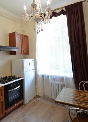 Посуточно уютная квартира на улице Адмиральская в центре города!