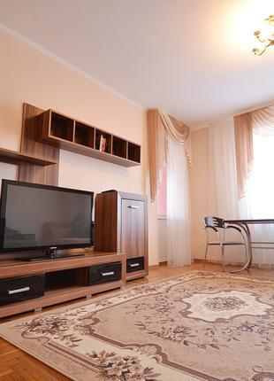 Посуточно квартира люкс класса в центре на улице Никольская!