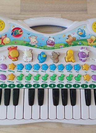 Детский синтезатор пианино simba музыкальные игрушки