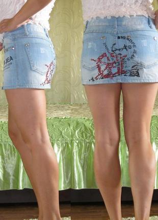 Джинсовая юбка с модным принтом в морском стиле 42-44