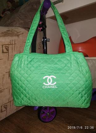 Стеганная сумка для пляжа или спорта