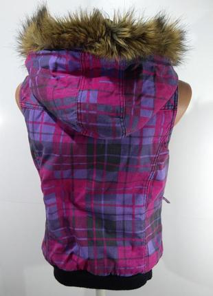 Женская жилетка осень - зима размер м