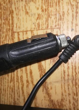 Зарядное для Ноутбука, автомобильное с регулировкой от 15 -25 В.