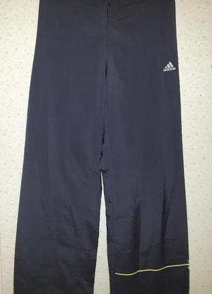 Брюки (штаны) спортивные adidas женские размер xs-s темно-сини...