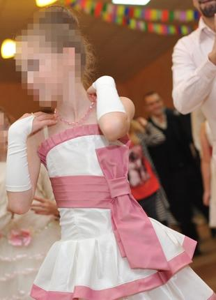 Бальное платье на 6-10 лет (перчатки в подарок)