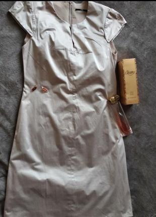 Шикарное платье boss размер 44