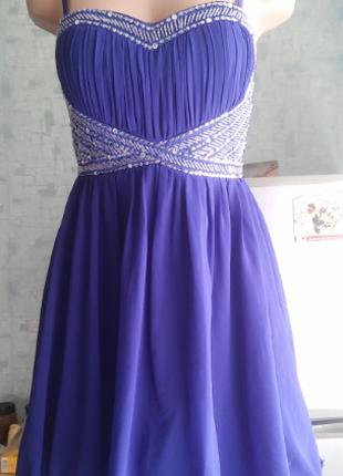 Нарядное шифоновое платье р. 44
