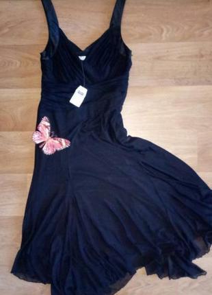 Красивое  черное вечернее платье