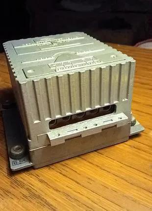 Регулятор напряжения советский ссср для генератора РЛ-2-1У2М3