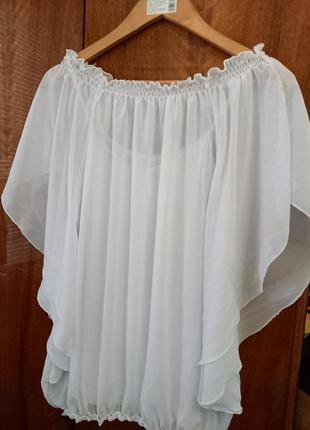 Летняя легкая блузка