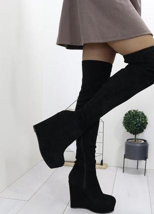 Новые шикарные женские черные осенние сапоги ботфорты