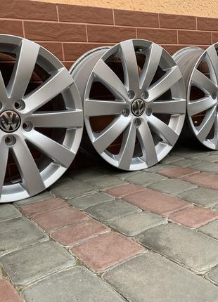 Продам оригинальные диски Volkswagen Passat Sharan Scirocco