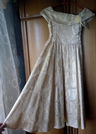 Очень красивое платье+ сумочка+ накидка шарфик польского бренд...