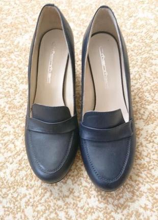 Туфлі жіночі 36 розмір.