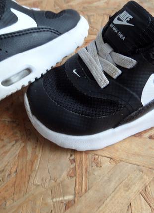Кроссовки Nike Air Max Thea оригинал 17-18 размер-10 cm