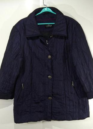 Женская куртка весна - осень размер 50