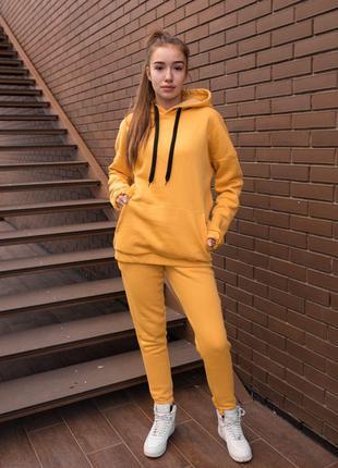 Женский оранжевый утепленный оверсайз костюм