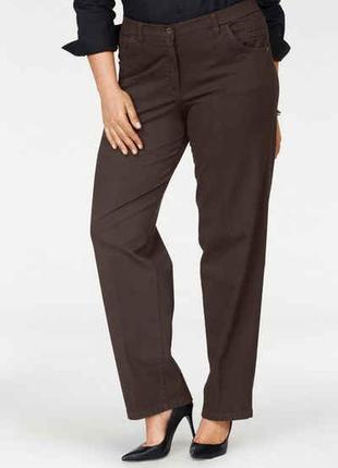 Стрейчевые брюки прямого кроя 60-62 размера