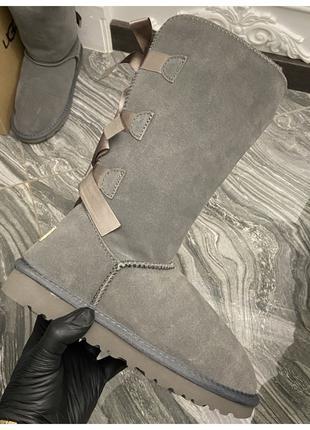 Женские зимние UGG Bailey bow tall II 2 boot Grey, серые замше...