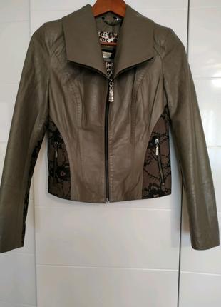 Куртка кожаная новая S р.