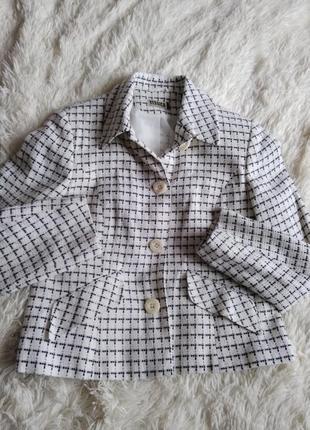 Белый пиджак yessica, размер 42 (46)