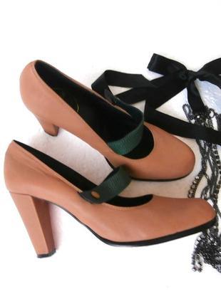 Стильные кожаные туфли на устойчивом каблуке, туфли натуральна...