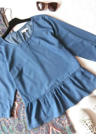 Стильная джинсовая блуза блузка с оборкой, воланом, рюшей