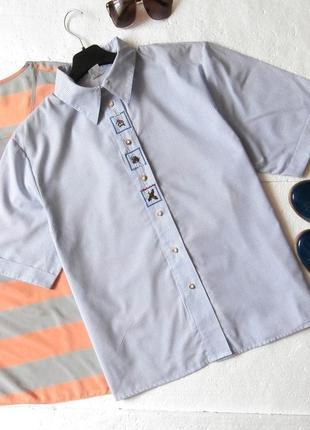 Стильная рубашка в полоску с вышивкой