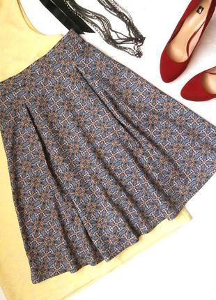 Стильная юбка миди stradivarius, расклешенная юбка