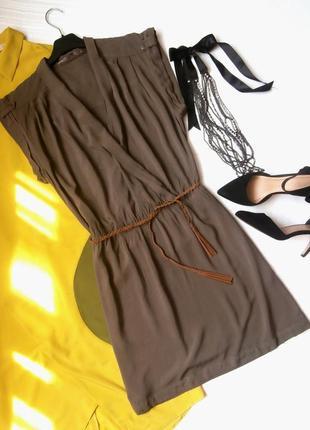 Легкое вискозное платье с запахом
