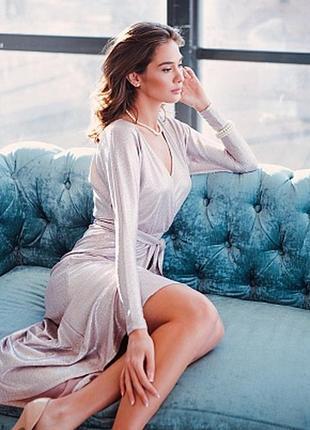 Платье миди на запах блестящее