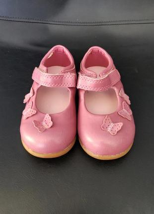 Новые туфельки босоножки mothercare