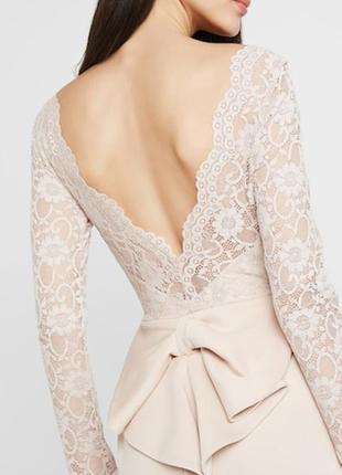 Премиум платье с кружевом и красивой спинкой миди