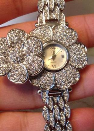 Часы suzanne somers ,оригинал!