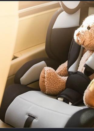 Автомобиль с  детским автокреслом. Поездки к врачу