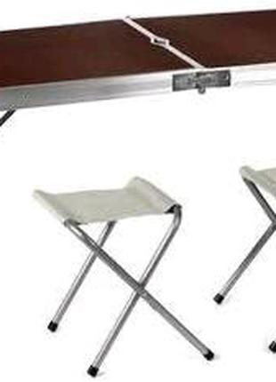 Стол и стулья для пикника