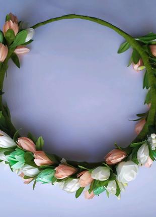 Венки из цветов, обручи из цветов , украшения ,декор на заказ