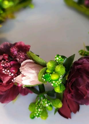 Венки из цветов ,обручи из цветов ,декор на заказ