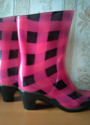 Цветные резиновые сапоги Diana